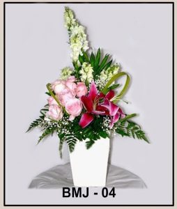 Tips Membuat Bunga Meja Sendiri